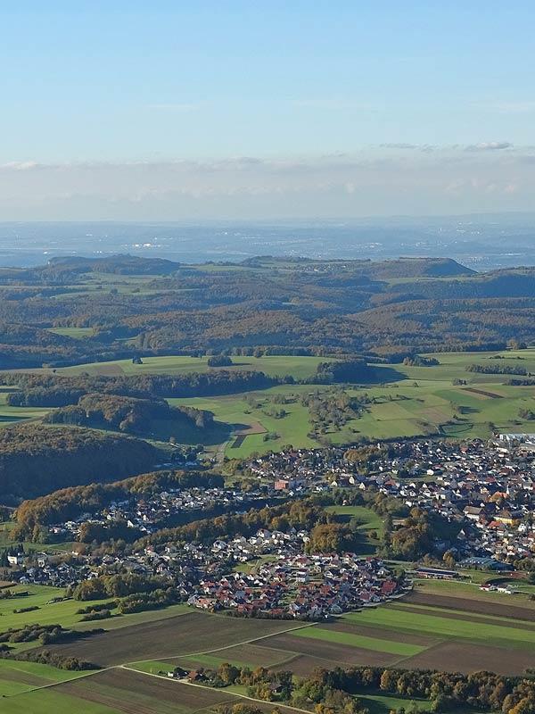 Ballonfahrt, Blick über die Landschaft der Schwäbischen Alb