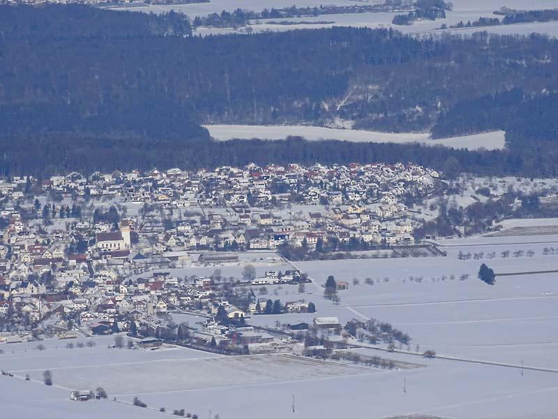 Ballonfahren im Winter, Blick auf Altheim